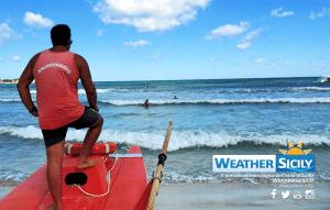 Squalo bianco avvistato su coste agrigentine, il video