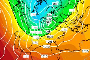 | Alleagto 1: minimo di 985hpa sul nord Italia, isobare strette |