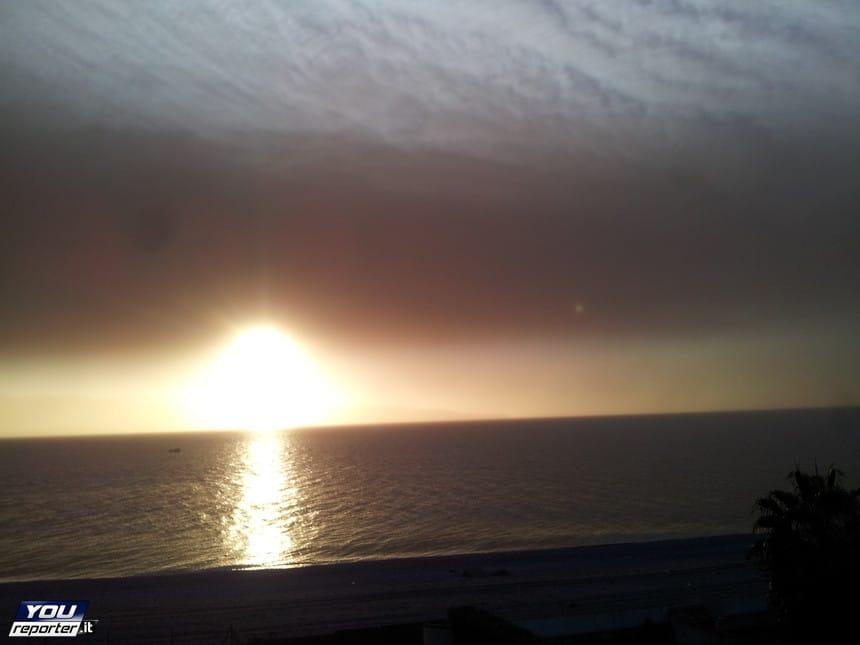 | Polvere di cenere su Messina, foto tratta da YouReporter |