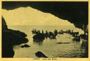cartolina originale delle Grotta delle Barche, anno 1951