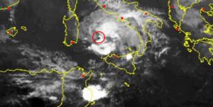 Sicilia, vortice depressionario si dirige sul basso Tirreno. Focus di un mercoledì perturbato ed incerto