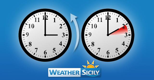 Domenica 27 ottobre torna l'ora solare: lancette indietro di un'ora.
