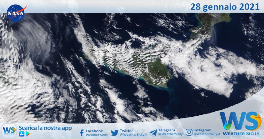 Sicilia: immagine satellitare Nasa di giovedì 28 gennaio 2021