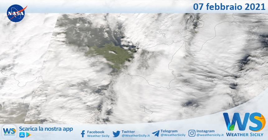 Sicilia: immagine satellitare Nasa di domenica 07 febbraio 2021