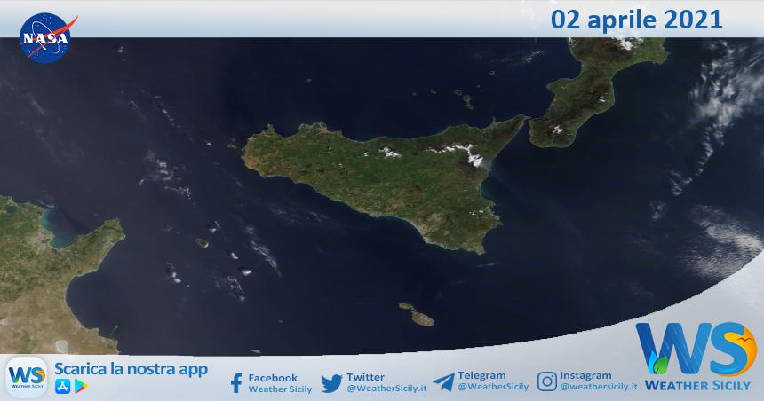 Sicilia: immagine satellitare Nasa di venerdì 02 aprile 2021