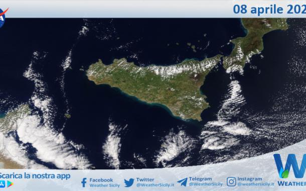 Sicilia: immagine satellitare Nasa di giovedì 08 aprile 2021