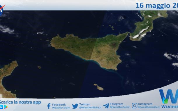 Sicilia: immagine satellitare Nasa di domenica 16 maggio 2021