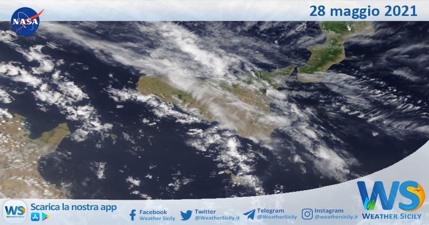 Sicilia: immagine satellitare Nasa di venerdì 28 maggio 2021