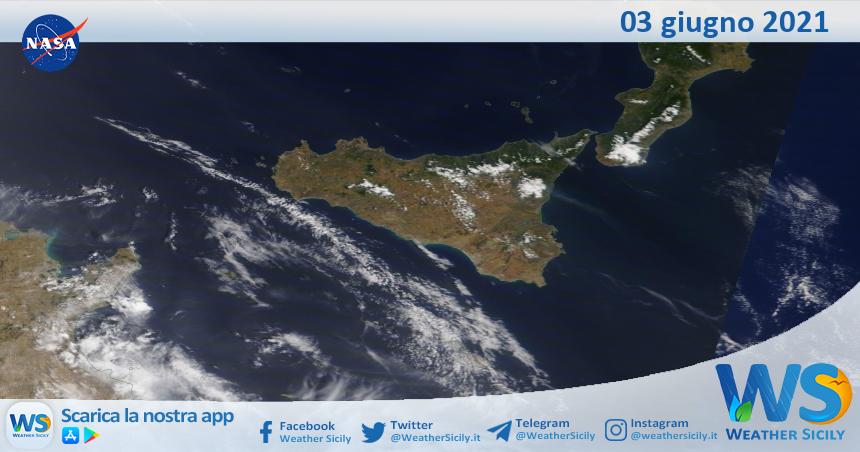 Sicilia: immagine satellitare Nasa di giovedì 03 giugno 2021