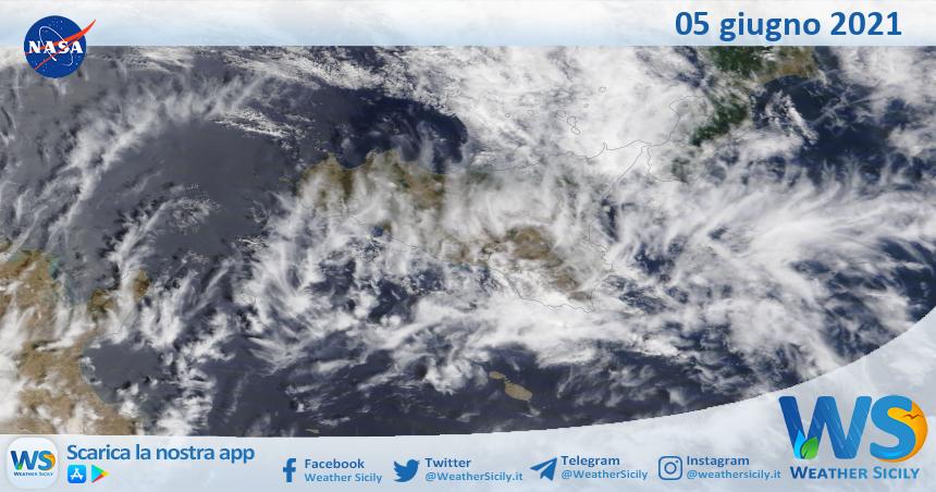 Sicilia: immagine satellitare Nasa di sabato 05 giugno 2021