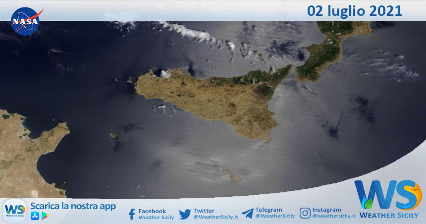Sicilia: immagine satellitare Nasa di venerdì 02 luglio 2021