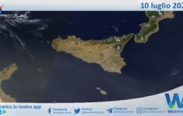 Sicilia: immagine satellitare Nasa di sabato 10 luglio 2021