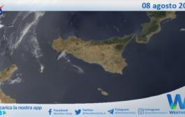 Sicilia: immagine satellitare Nasa di domenica 08 agosto 2021