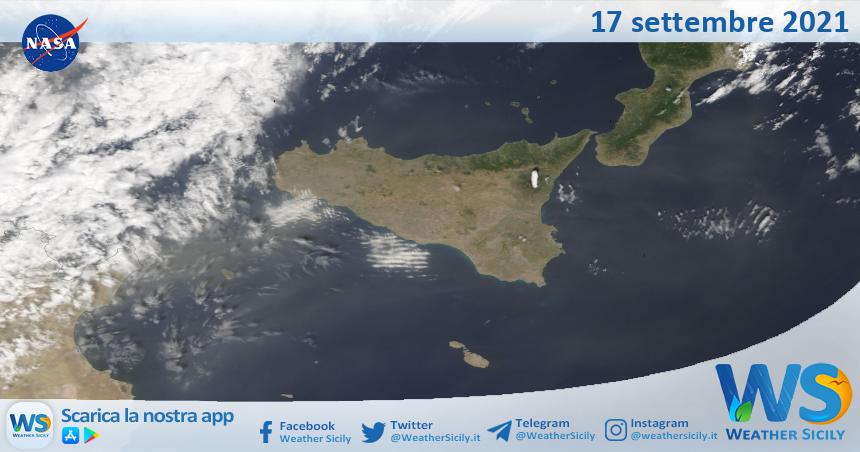 Sicilia: immagine satellitare Nasa di venerdì 17 settembre 2021