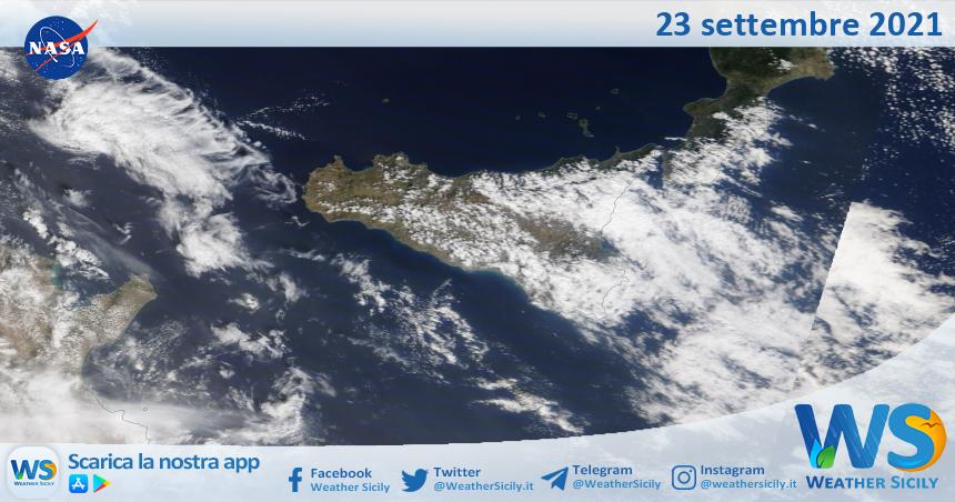 Sicilia: immagine satellitare Nasa di giovedì 23 settembre 2021