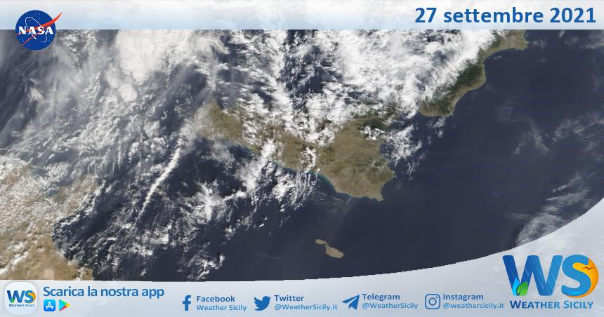 Sicilia: immagine satellitare Nasa di lunedì 27 settembre 2021