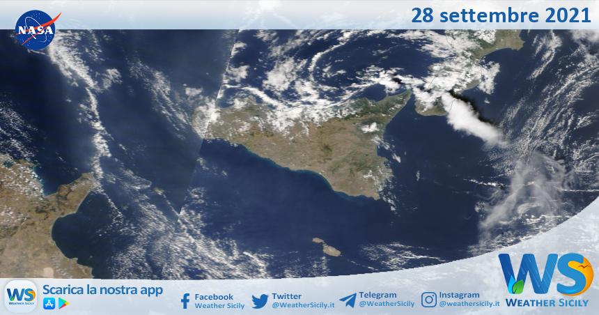Sicilia: immagine satellitare Nasa di martedì 28 settembre 2021