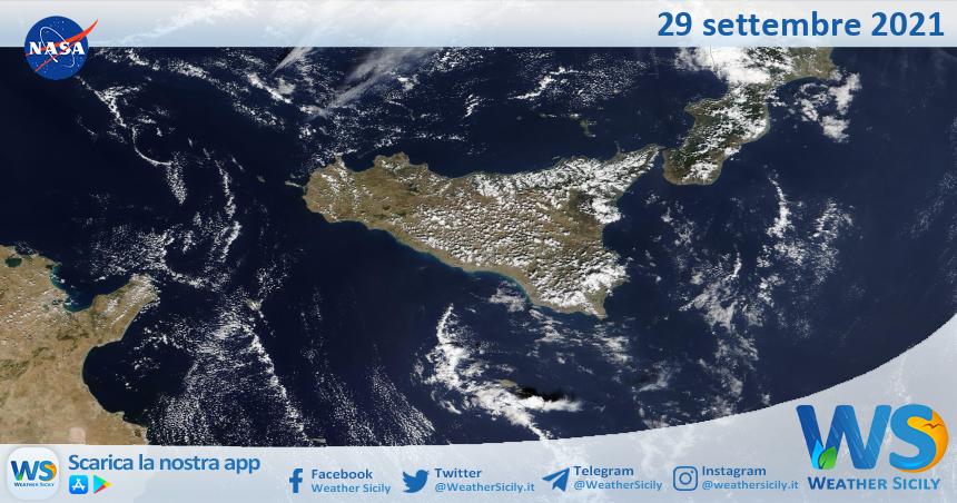 Sicilia: immagine satellitare Nasa di mercoledì 29 settembre 2021