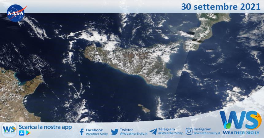 Sicilia: immagine satellitare Nasa di giovedì 30 settembre 2021