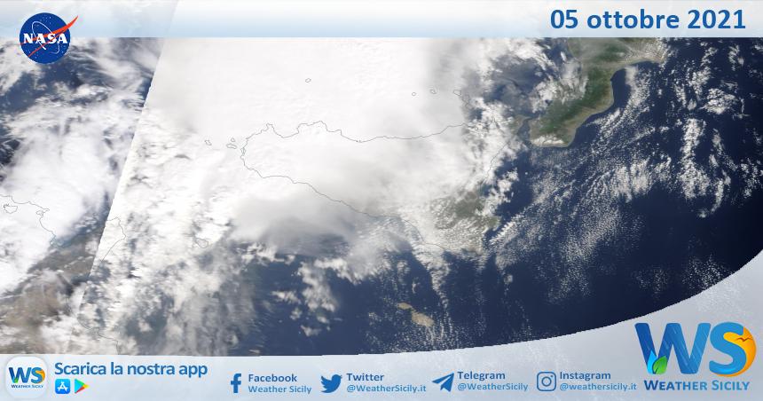 Sicilia: immagine satellitare Nasa di martedì 05 ottobre 2021