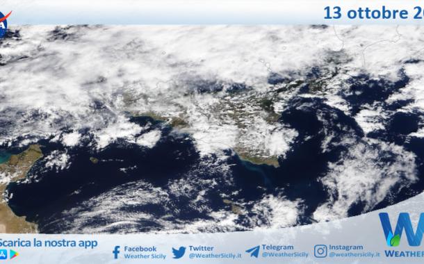 Sicilia: immagine satellitare Nasa di mercoledì 13 ottobre 2021